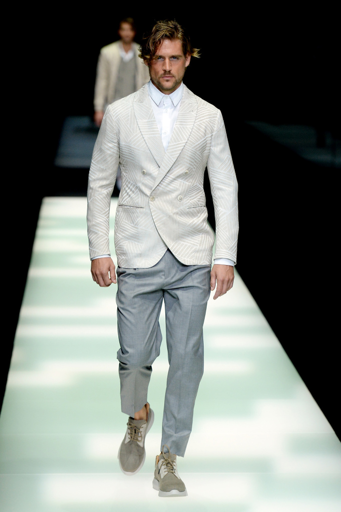 giorgio-armani-men-spring-2018-milan-fashion-week-mfw-019.jpg