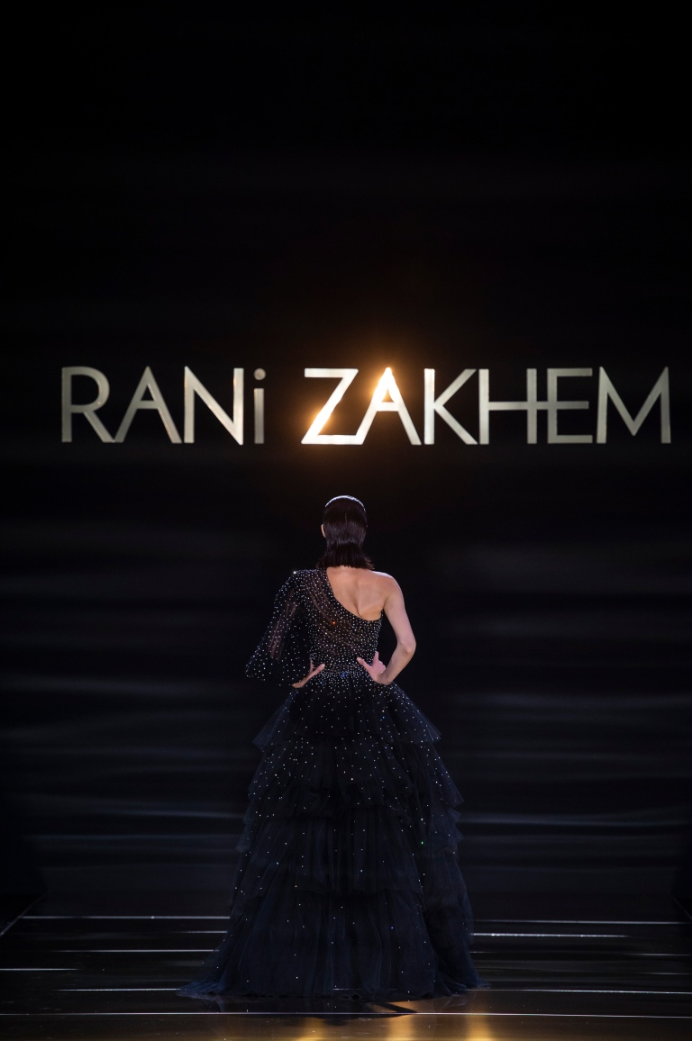 RANI ZAKHEM couture collection automne hiver : fall winter 2018-2019 PFW - ┬® Imaxtree 49.jpg