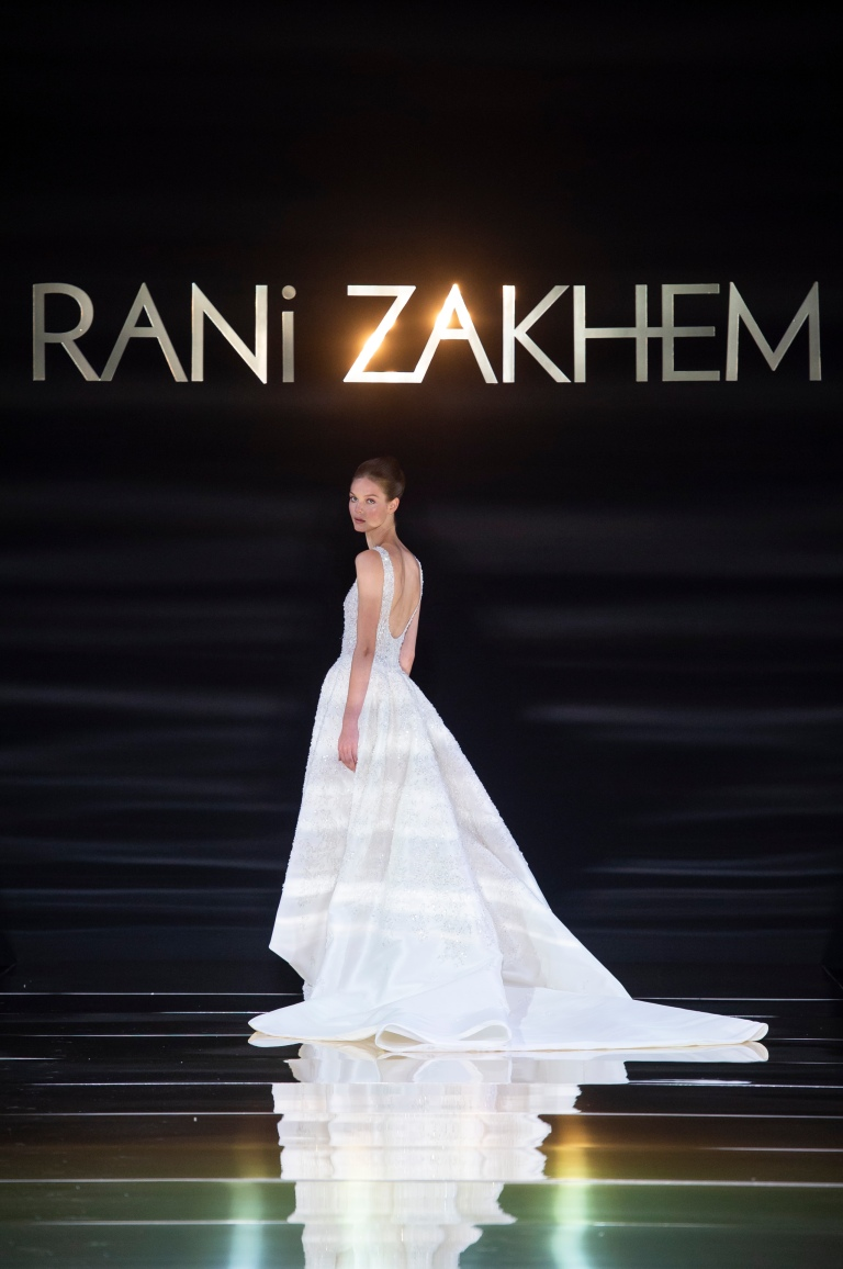 RANI ZAKHEM couture collection automne hiver : fall winter 2018-2019 PFW - ┬® Imaxtree 54.jpg