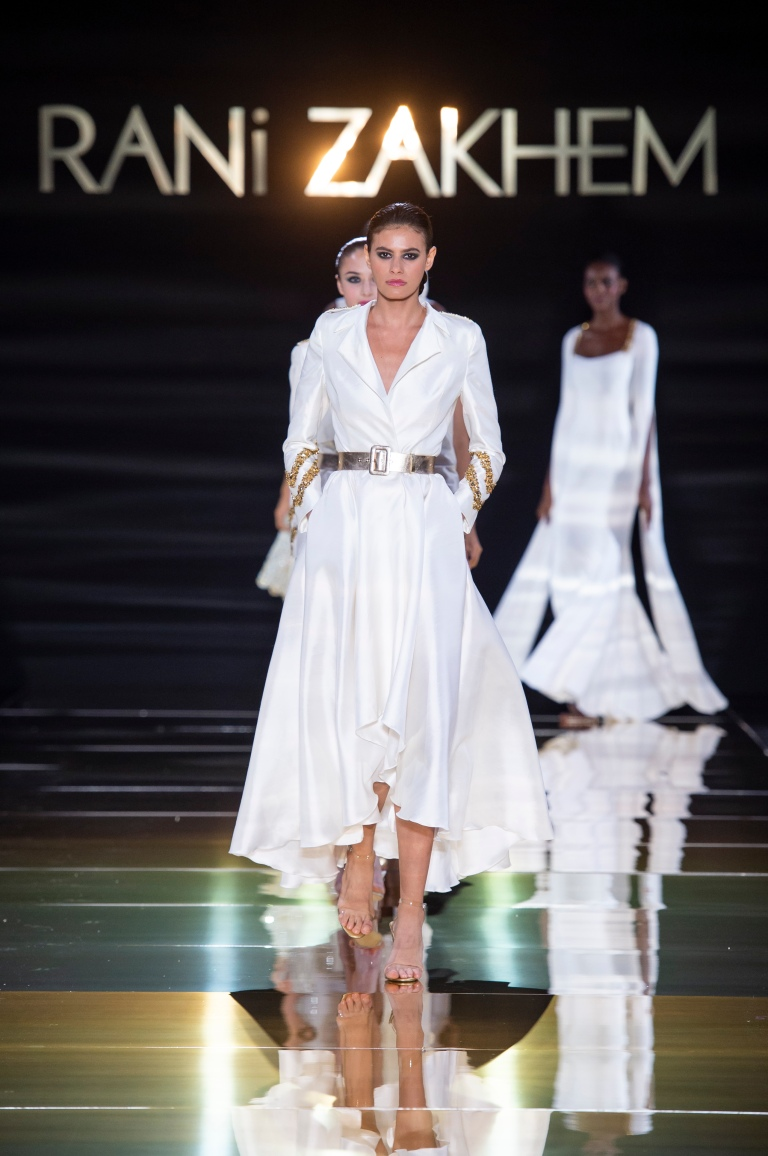 RANI ZAKHEM couture collection automne hiver : fall winter 2018-2019 PFW - ┬® Imaxtree 55.jpg